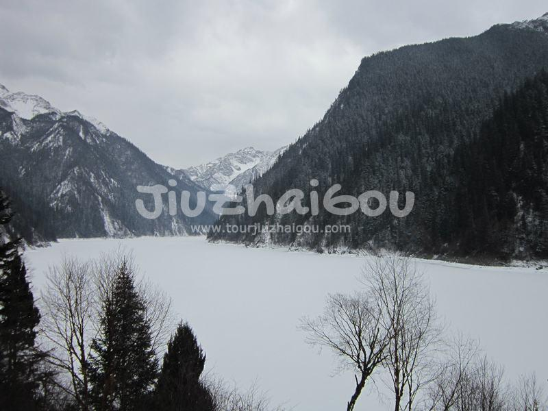 Jiuzhaigou in February