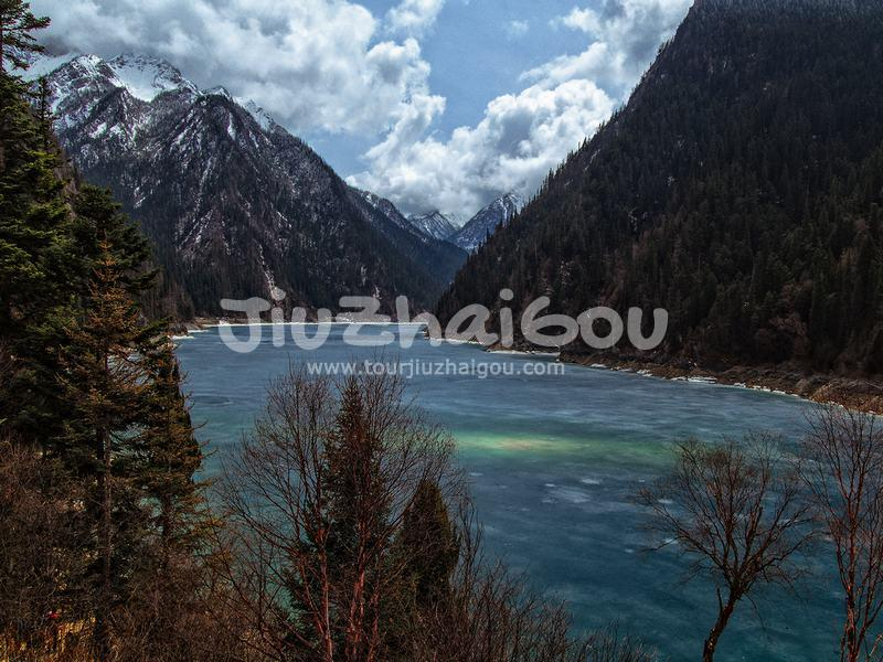 Long Lake Jiuzhaigou