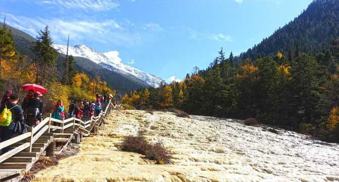 3-day Mounigou and Huanglong Tour